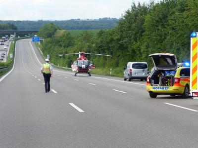H4 VU 2 Personen eingeklemmt LKW - BAB 81 Mundelsheim >> Leonberg - 21.06.2019