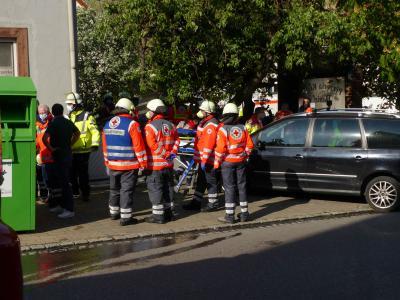 B3 Feuer/ Rauch Mehrfamilienhaus - Mundelsheim, Heinrich-Maulick-Straße, 24.04.2020